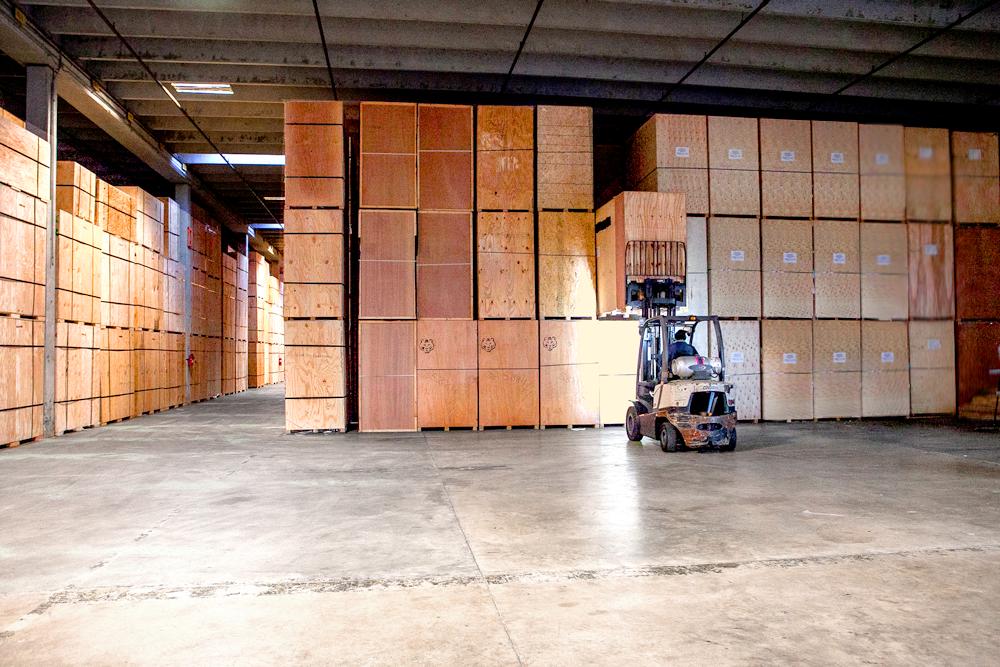 Storage Victory Van lift truck movement