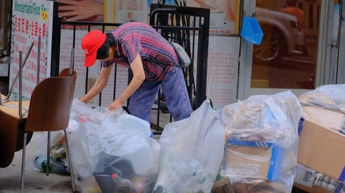 Packing up your home with garbage bags.